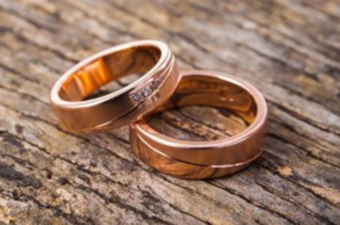 5th Year Wedding Anniversary Gifts and ideas | Wooden ...