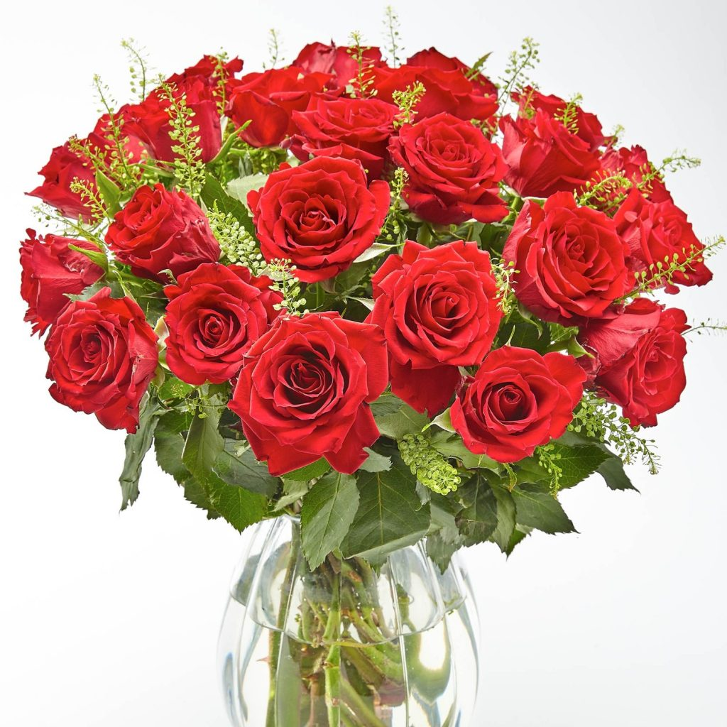 Buy some Traditional flowers for the 15th anniversary are Red Roses