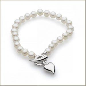 Buy her Kit Heath Desire Lustrous Heart Freshwater 6mm Pearl T-bar Bracelet