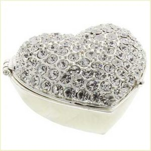 Buy her Sophia Silverplated Trinket Box - Crystal Heart