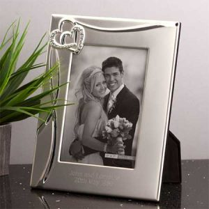 Buy her this entwined hearts photo frame