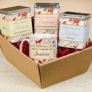 Buy her this personalised tea gift set in floral design
