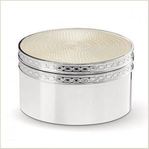 Buy her this beautiful Vera Wang pearl treasure box