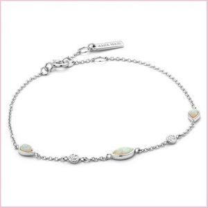 Buy her a opal bracelet for your 21st wedding anniversary
