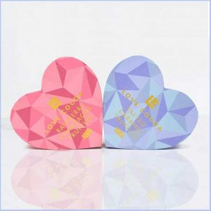 Buy her or the couple these twin heart truffle boxes for this anniversary gift