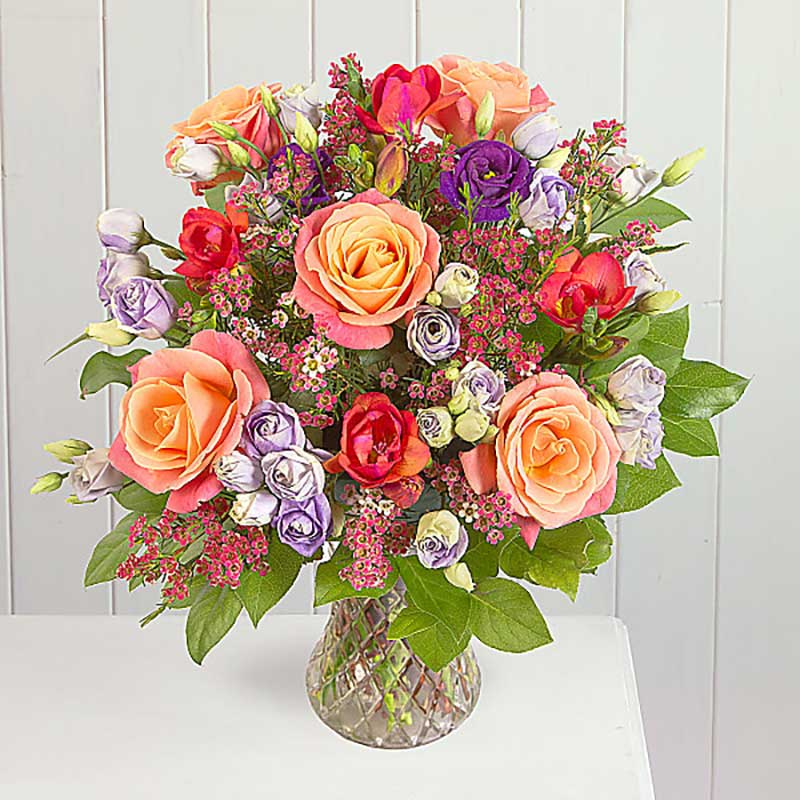 Buy her or the celebrating couple the Freya Bouquet for this anniversary gift