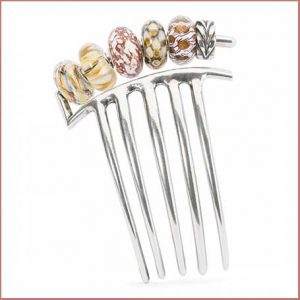 Buy her the Trollbeads French Twist hair comb for this anniversary gift