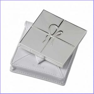 Buy her the Vera Wang Love Knots Purse Mirror for this anniversary gift