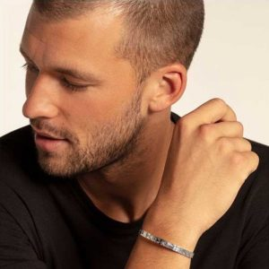 Buy him the Thomas Sabo silver Ethnic Bangle for this anniversary gift