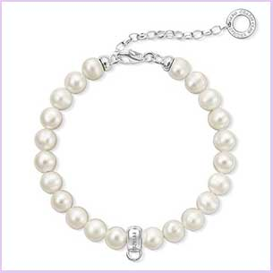 Buy her the Thomas Sabo White Sterling Silver Bracelet with freshwater pearls for this anniversary gift