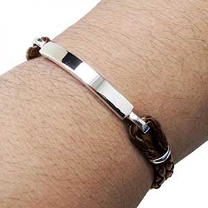 Buy him This stunning men´s Leather and Sterling Silver ID bracelet for this anniversary gift