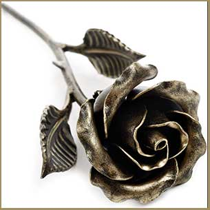 Buy her this handcrafted steel rose for this anniversary gift