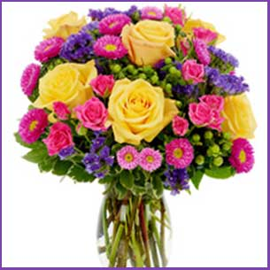 Buy her or them the Thoughts of You Rose bouquet for this anniversary gift